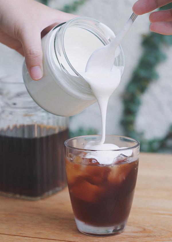 cách làm trà sữa kem mặn cách làm trà sữa kem mặn Cách làm trà sữa kem mặn thơm ngon như ngoài hàng cach lam tra sua kem man 4 1