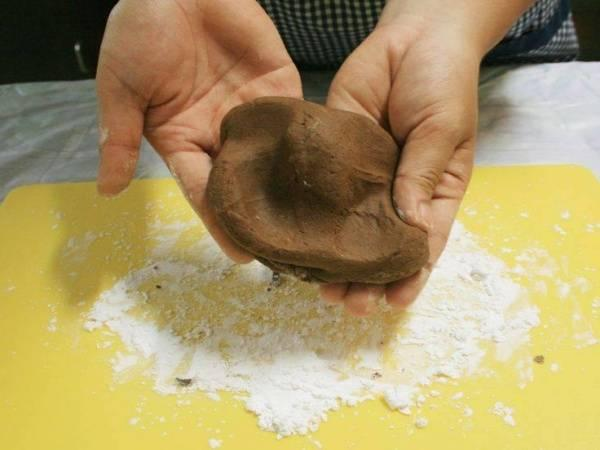 cách lam trân châu bằng bột nếp cách làm trân châu bằng bột năng Cách làm trân châu bằng bột năng dai dai, mềm mềm cực hấp dẫn cach lam tran chau bang bot nep 4