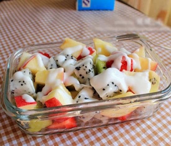 cách làm hoa quả dầm cách làm hoa quả dầm Cách làm hoa quả dầm đơn giản ngon tuyệt cho mùa hè cach lam hoa qua dam 11