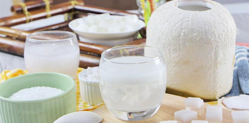 cách làm rau câu giòn cách làm rau câu giòn Cách làm rau câu giòn ngon cực đơn giản cho mùa hè cach lam rau cau dua 10