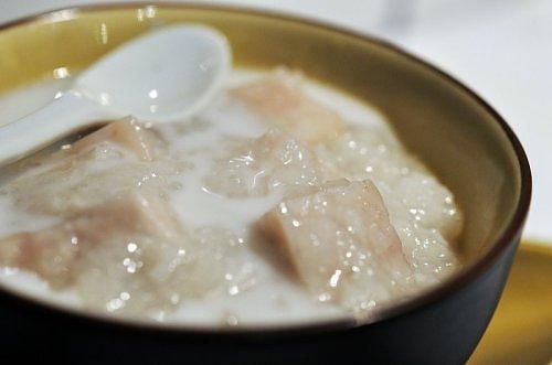 nấu chè khoai môn nấu chè khoai môn Tổng hợp các cách nấu chè khoai môn ngon đơn giản tại nhà nau che khoai mon 91