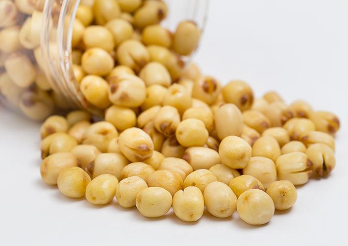 chè hạt sen củ năng 4 chè hạt sen củ năng Cách nấu chè hạt sen củ năng mát lịm giải nhiệt cho mùa hè che hat sen cu nang 4