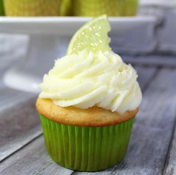 cách làm bánh cupcake chanh từ rượu tequila 15 cách làm bánh cupcake Cách làm bánh cupcake chanh từ rượu Tequila ngon ngất ngây Cach lam banh cupcake chanh tu ruou Tequila 15