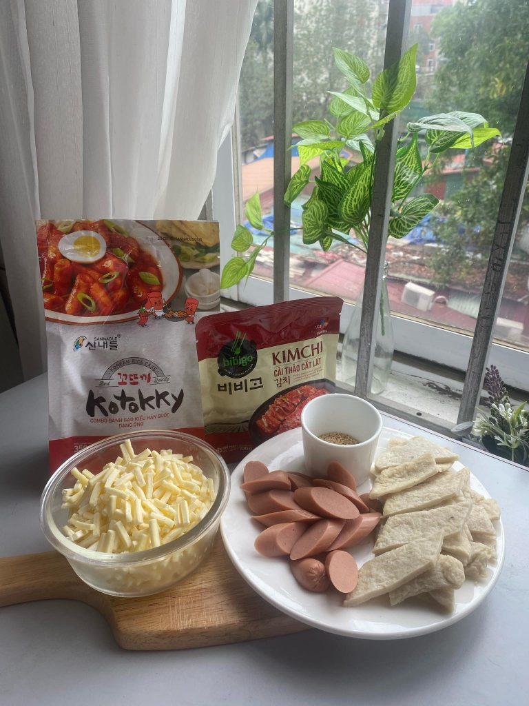 cách làm bánh gạo cay hàn quốc Cách làm bánh gạo cay Hàn Quốc siêu đơn giản từ nguyên liệu sẵn có b  nh g   o 768x1024