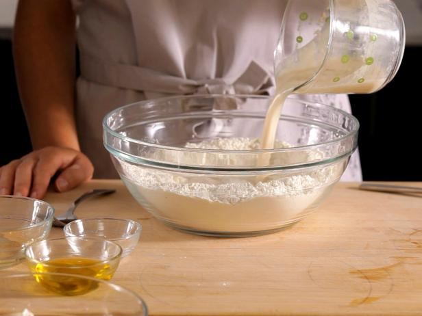 cách để men nở hoạt động 6 cách để men nở hoạt động Cách để men nở hoạt động tốt khi làm bánh cach de men no hoat dong 6