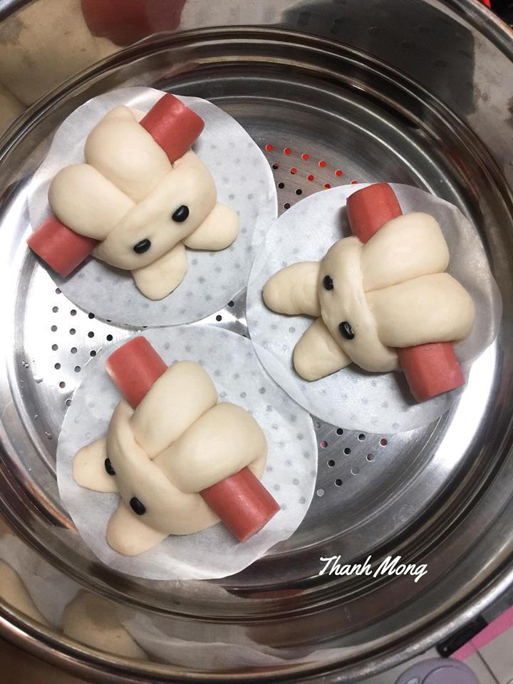 cách làm bánh bao 7 cách làm bánh bao Cách làm bánh bao thỏ cuộn xúc xích cực xinh xắn đến nỗi không nỡ ăn cach lam banh bao 7
