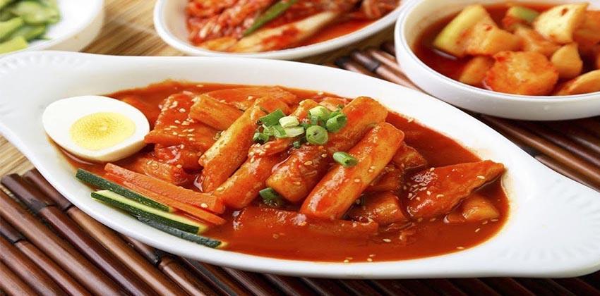 cách làm bánh gạo cay 66 cách làm bánh gạo cay hàn quốc Cách làm bánh gạo cay Hàn Quốc siêu đơn giản từ nguyên liệu sẵn có cach lam banh gao cay 66