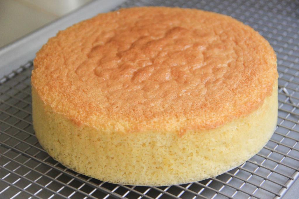 cách làm cốt bánh bông lan 7 cách làm cốt bánh bông lan Cách làm cốt bánh bông lan cơ bản cực đơn giản cach lam cot banh bong lan 7