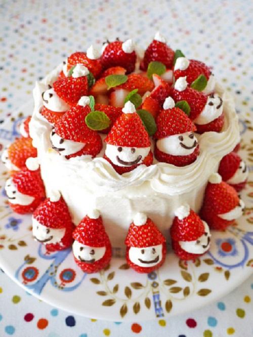 cách trang trí bánh kem bằng trái cây 5 cách trang trí bánh gato Cách trang trí bánh gato cực đơn giản chỉ trong 3 phút cach trang tri banh kem bang trai cay5