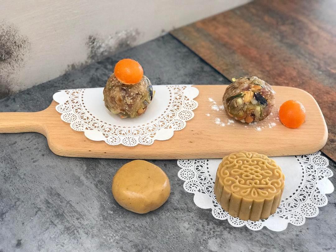 phân biệt bánh trung thu 1 phân biệt bánh trung thu Phân biệt bánh Trung thu truyền thống và hiện đại, bạn đã biết? phan biet banh trung thu 1