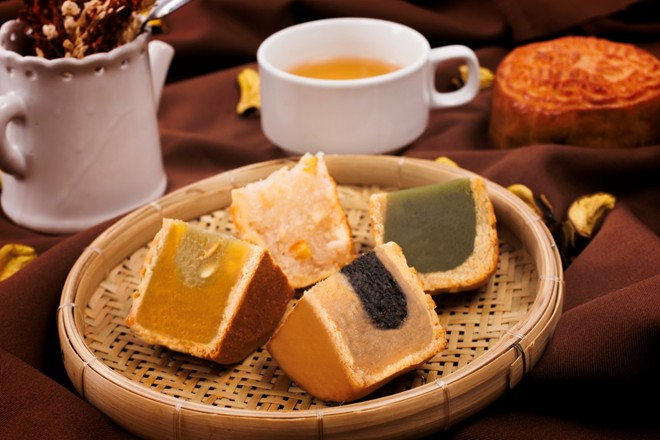 phân biệt bánh trung thu 12 phân biệt bánh trung thu Phân biệt bánh Trung thu truyền thống và hiện đại, bạn đã biết? phan biet banh trung thu 12