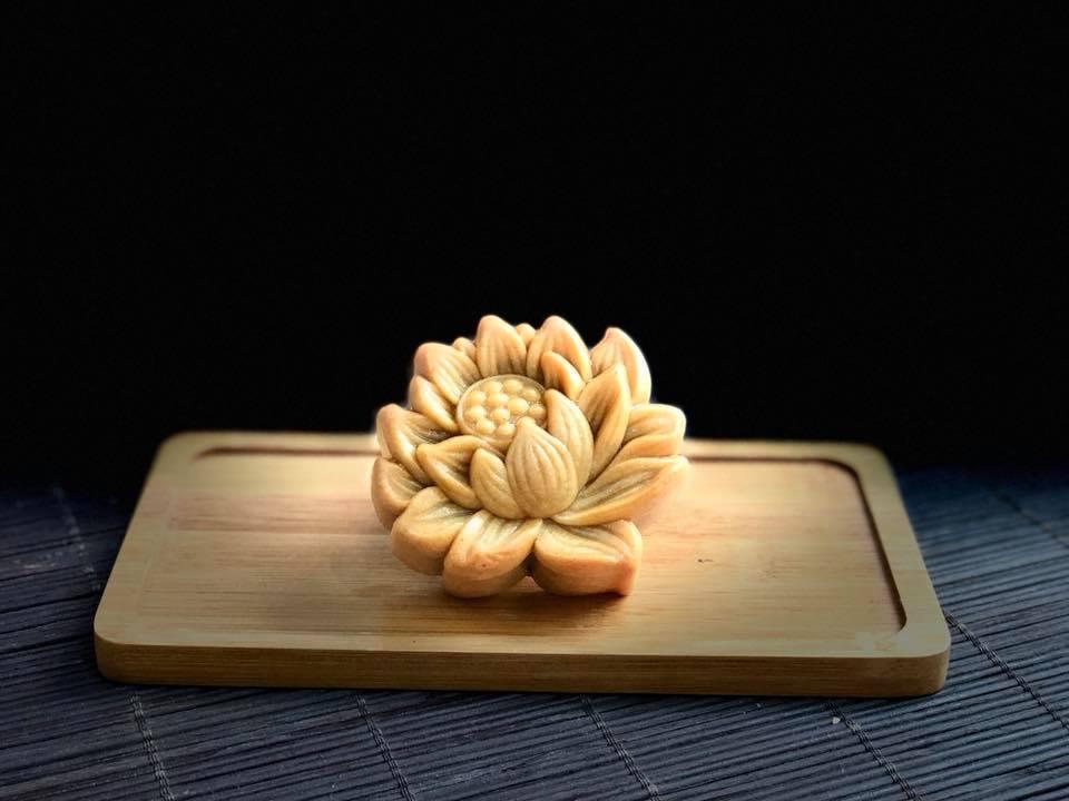 bánh trung thu nghệ thuật 6 bánh trung thu nghệ thuật Bánh Trung thu nghệ thuật đẹp đến nỗi bạn không thể rời mắt banh trung thu nghe thuat 6