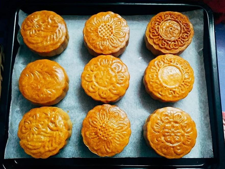 các lỗi làm bánh trung thu 22 bánh trung thu nghệ thuật Bánh Trung thu nghệ thuật đẹp đến nỗi bạn không thể rời mắt cac loi lam banh trung thu 22