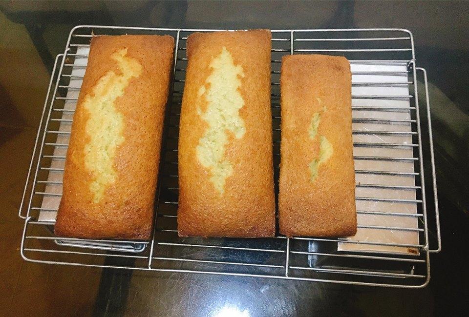 cách làm bánh bông lan chuối 1 cách làm bánh bông lan chuối Cách làm bánh bông lan chuối ngon mê ly cach lam banh bong lan chuoi 1