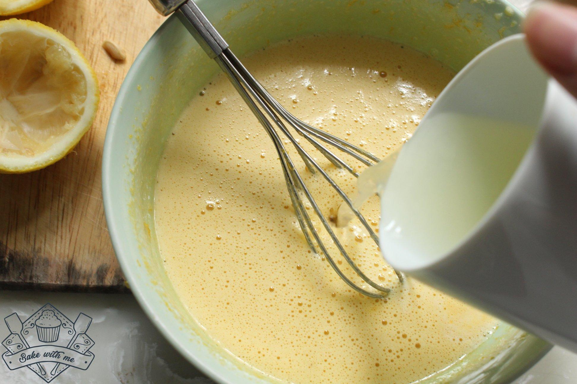 cách làm bánh chiffon 4 cách làm bánh chiffon Cách làm bánh Chiffon chanh việt quất đẹp như cơn gió thu cach lam banh chiffon 4