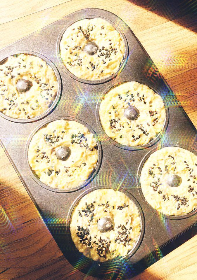 cách làm bánh donut 2 cách làm bánh donut Cách làm bánh Donut khoai lang yến mạch hạt chia ngon và lành cach lam banh donut 2