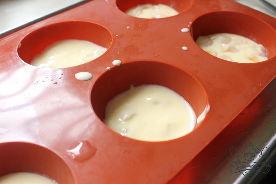 cách làm bánh mousse 14 cách làm bánh mousse Cách làm bánh mousse Lệ Chi long lanh cach lam banh mousse le chi 14
