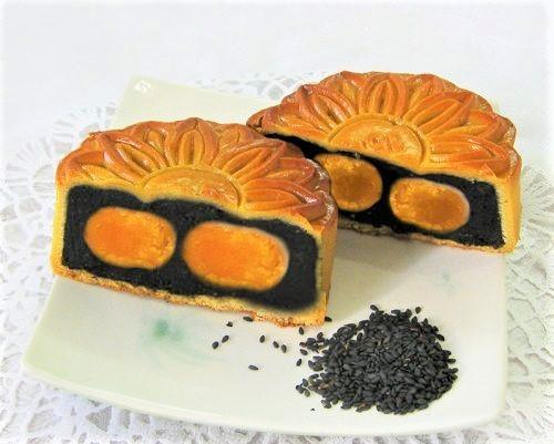 cách làm bánh trung thu nhân mè đen trứng muối tại nhà 7 cách làm bánh bao Cách làm bánh bao mè đen càng ăn dáng càng đẹp cach lam banh trung thu nhan me den trung muoi tai nha 7