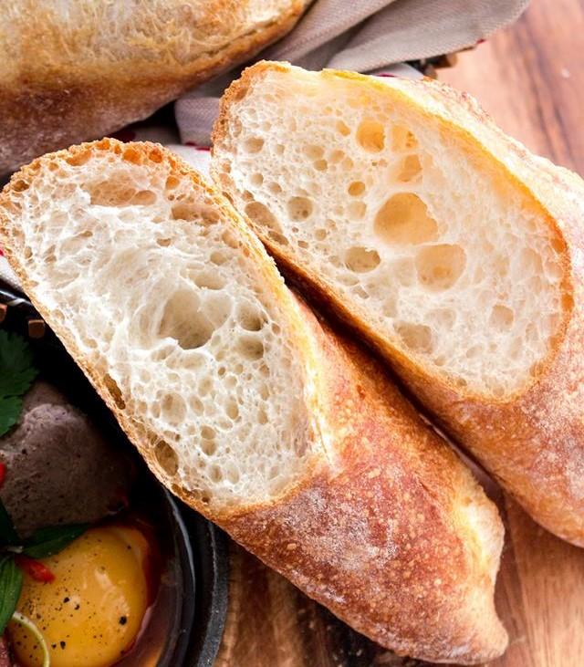 bánh mì nha trang 4 bánh mì nha trang Bánh mì Nha Trang giòn rụm ăn ngon hết nấc banh mi nha trang 4