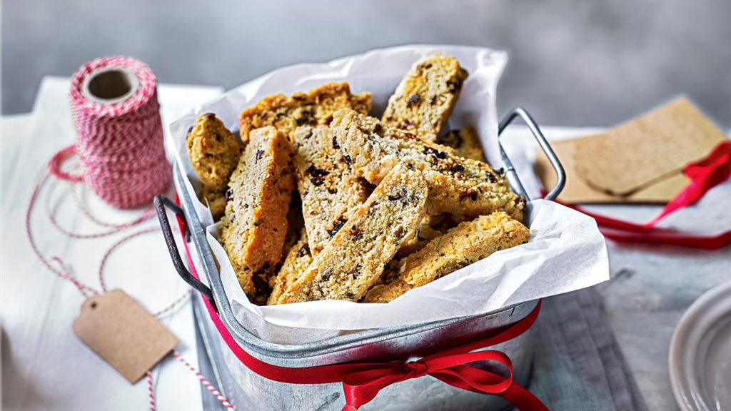 cách làm bánh biscotti 66 cách làm bánh biscotti Cách làm bánh Biscotti nguyên cám vừa ngon vừa lành cach lam banh biscotti 66 1024x576