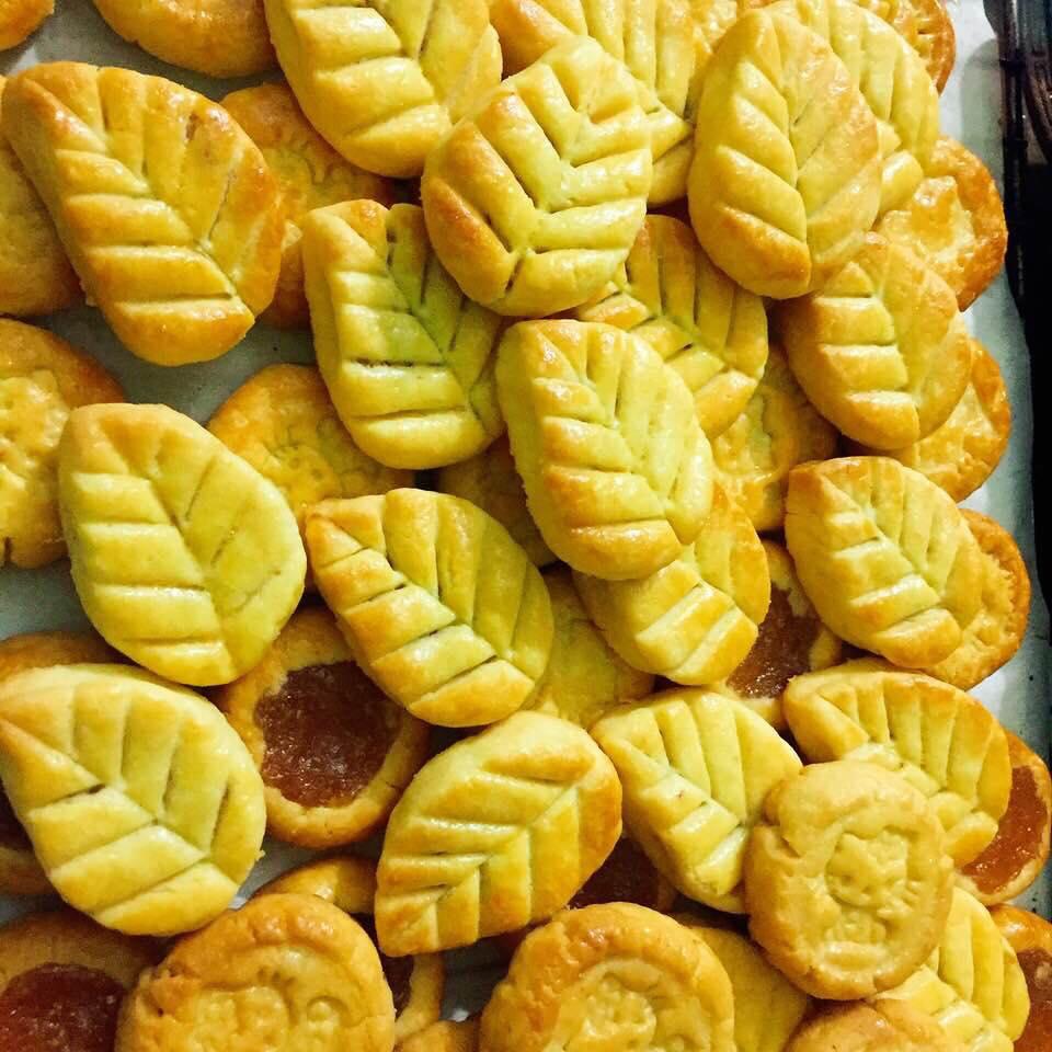 cách làm bánh dứa 4 cách làm bánh dứa Cách làm bánh dứa nặn tay chào Thu cach lam banh dua 4