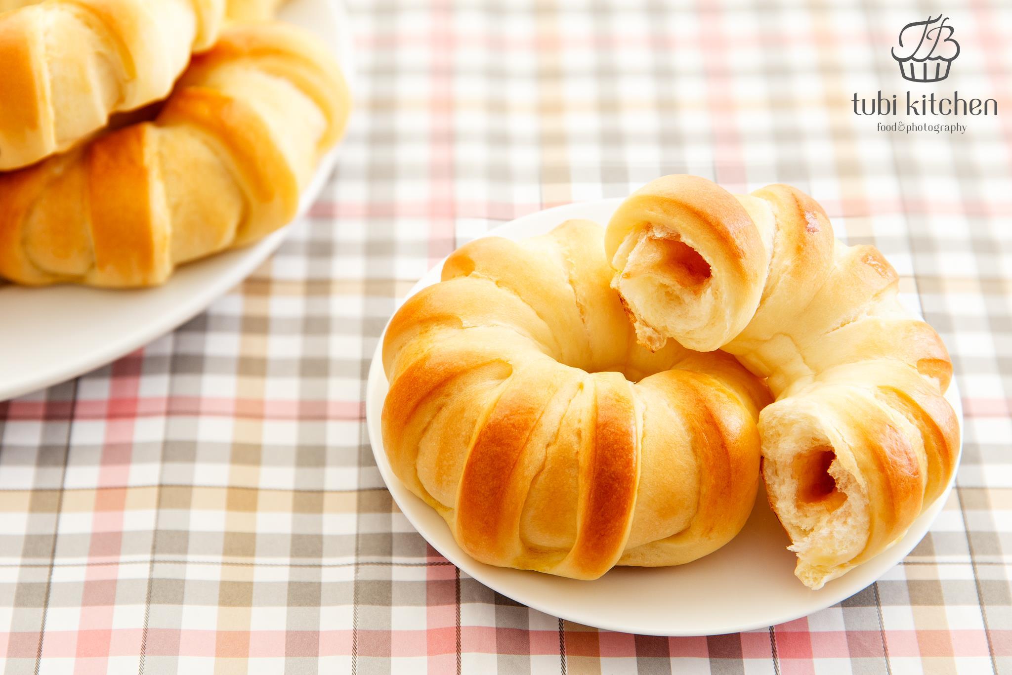 cách làm bánh mì bơ sữa nhân mứt dâu 9 cách làm bánh mì bơ sữa nhân mứt dâu Cách làm bánh mì bơ sữa nhân mứt dâu cho cả nhà vào dịp cuối tuần cach lam banh mi bo sua nhan mut dau 9