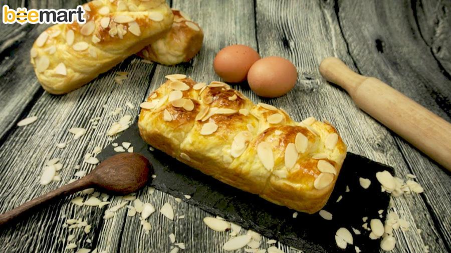 cách làm bánh mì hoa cúc 44 cách làm bánh mì hoa cúc Cách làm bánh mì hoa cúc rảnh tay, nhàn tênh nhờ máy trộn bột cach lam banh mi hoa cuc 44