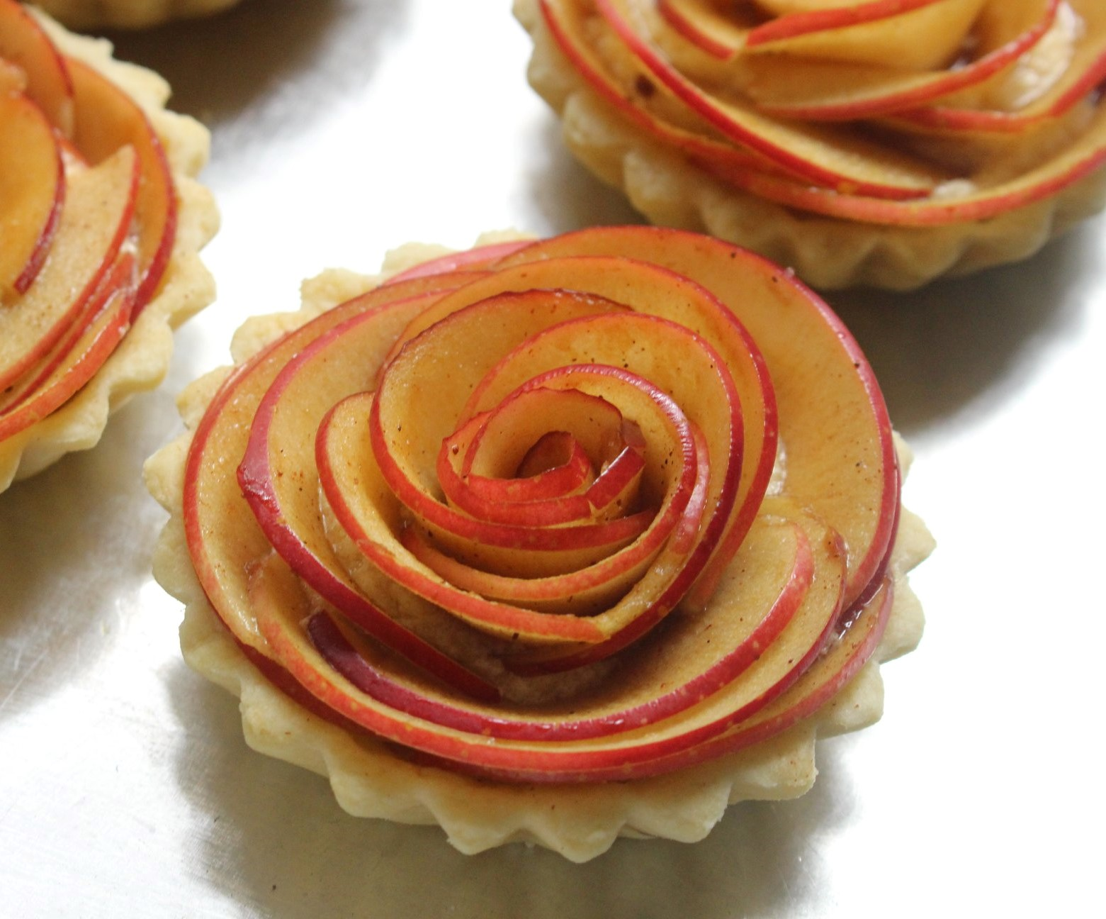Cách làm bánh táo kem hạnh nhân 20 cách làm bánh táo kem hạnh nhân Cách làm bánh táo kem hạnh nhân chua ngon vô ngần cach lam banh tao kem hanh nhan 20