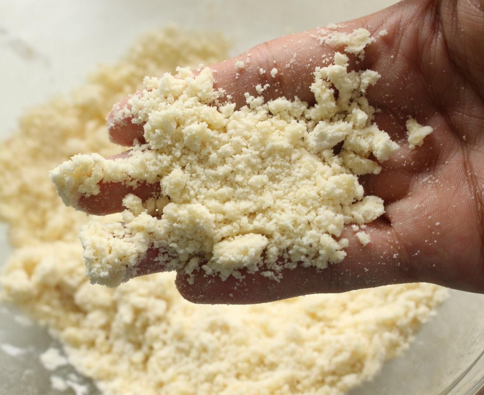Cách làm bánh táo kem hạnh nhân 4 cách làm bánh táo kem hạnh nhân Cách làm bánh táo kem hạnh nhân chua ngon vô ngần cach lam banh tao kem hanh nhan 4