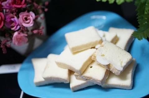 cách làm bánh tipo 5 cách làm bánh tipo Cách làm bánh Tipo trứng giòn thơm ngon mê mẩn cach lam banh tipo 5 1