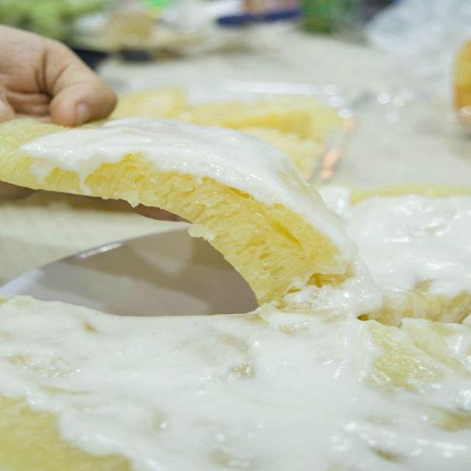 """Nước cốt dừa 22 nước cốt dừa Nước cốt dừa – """"người hùng"""" tạo nên các món bánh tuyệt phẩm nuoc cot dua 22"""