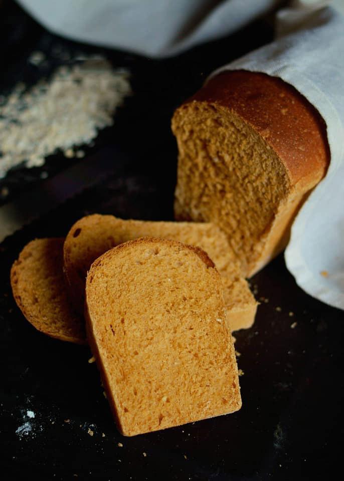 bánh mì yến mạch mật mía 2 bánh mì yến mạch mật mía Bánh mì yến mạch mật mía bao ngon, bao đẹp, bao dinh dưỡng banh mi yen mach mat mia 2 copy