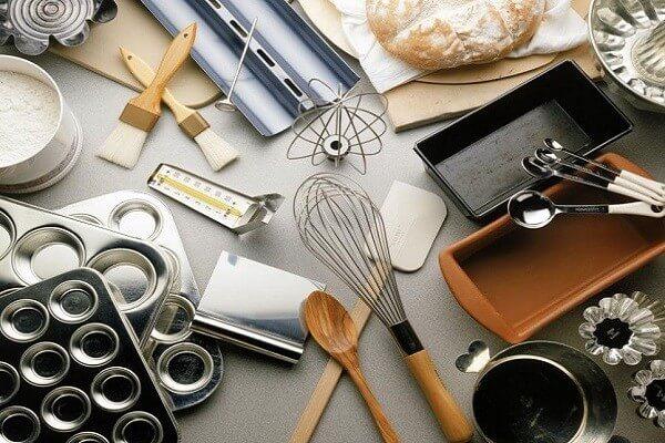 Dụng cụ làm bánh cơ bản 2 dụng cụ làm bánh kem cơ bản Dụng cụ làm bánh kem cơ bản giúp bạn có chiếc bánh gato siêu đẹp dung cu lam banh kem co ban giup ban co chiec banh gato sieu dep