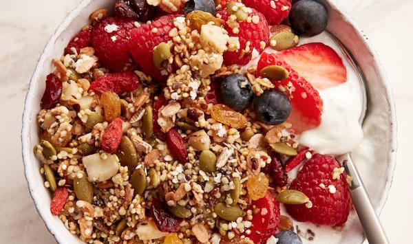 công thức granola món granola ngon lành Công thức làm món Granola ngon lành tiện lợi nhất cho dân văn phòng Superfood baked granola 1