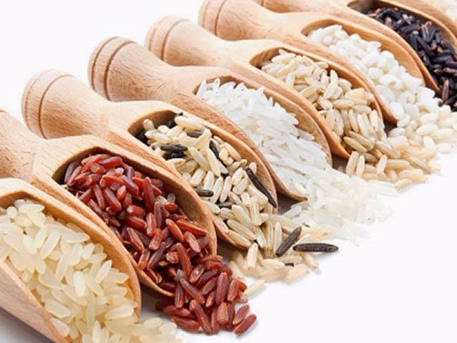 gạo lứt và yến mạch