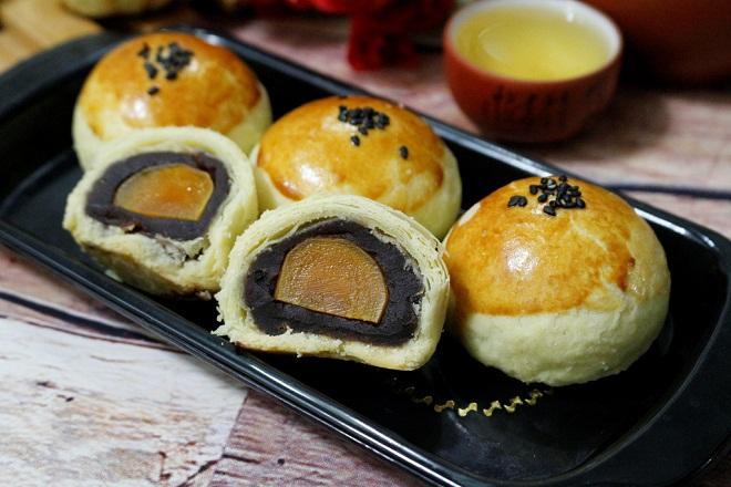 hoc-ngay-cach-lam-banh-trung-thu-trung-muoi-dai-loan-hot-nhat bánh trung thu trứng muối Học ngay cách làm bánh trung thu trứng muối Đài Loan hot nhất năm 2020 hoc ngay cach lam banh trung thu trung muoi dai loan hot nhat