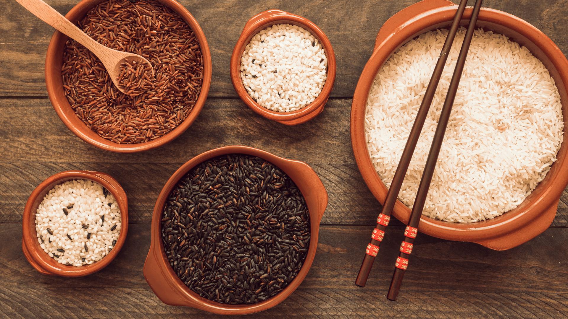 ăn gạo lứt giúp giảm cân nhanh hơn  ăn gạo lứt giảm cân Chỉ ăn gạo lứt giảm cân về dáng cực nhanh an gao lut giam can thon dang
