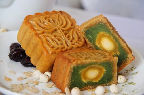 Nhân bánh trung thu nhân bánh trung thu Các loại nhân bánh trung thu ngon phổ biến hiện nay banh trung thu trung muoi nhan tra xanh 1 grande