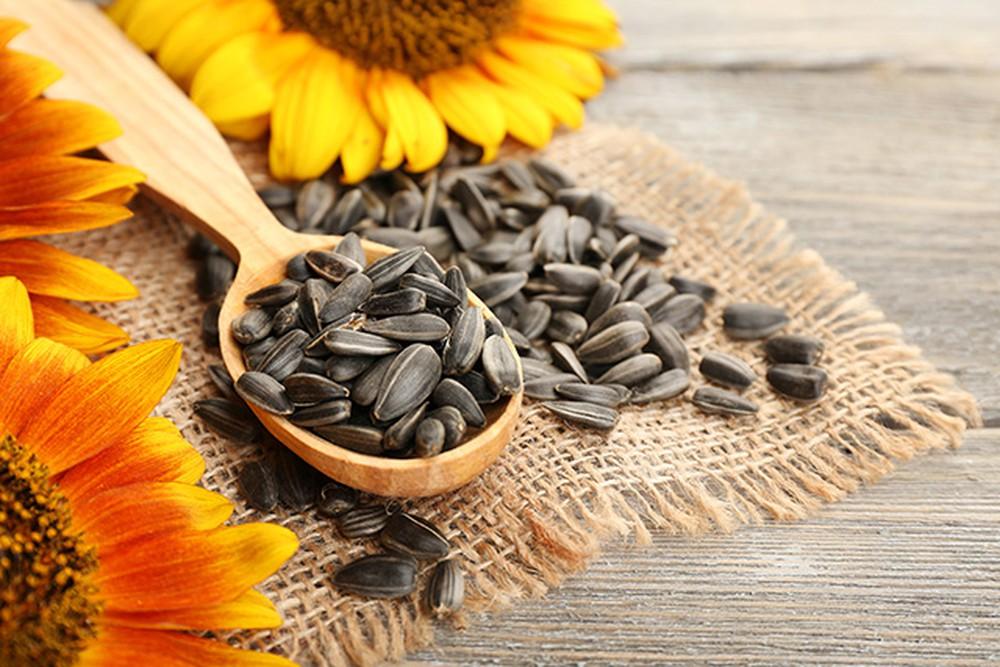 các loại hạt làm đẹp da  các loại hạt làm đẹp da Các loại hạt làm đẹp da, càng ăn càng xinh cac loai hat tot cho suc khoe