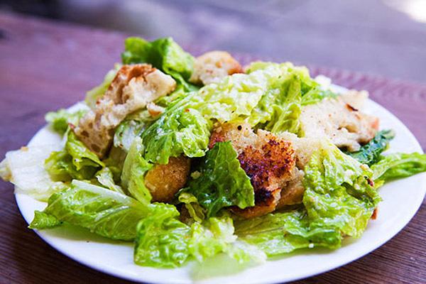 Cách làm salad nổi tiếng thế giới