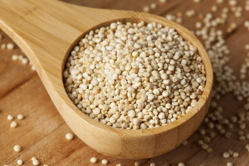 hạt diêm mạch quinoa hạt diêm mạch Tìm hiểu về lợi ích của loại hạt siêu thực phẩm – Hạt diêm mạch Quinoa hat diem mach www