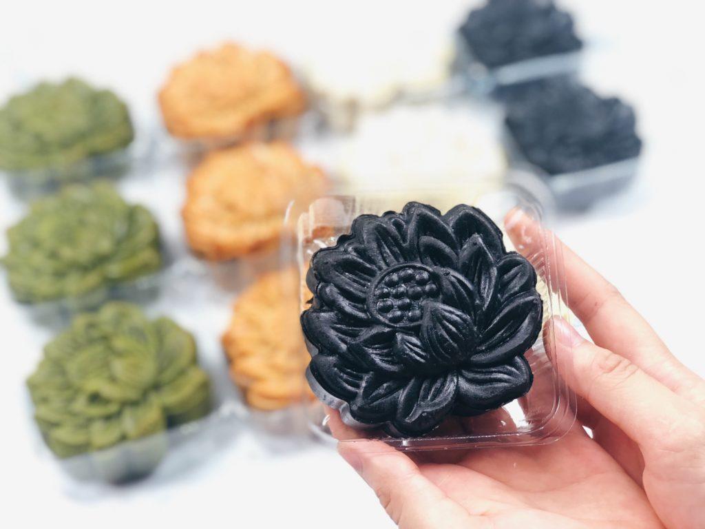 bánh trung thu tinh than tre bột tinh than tre Các loại bánh hot nhất làm từ bột tinh than tre cực tốt cho sức khỏe 74504959 41E5 4F55 9598 C81E3F30E32E 1024x768