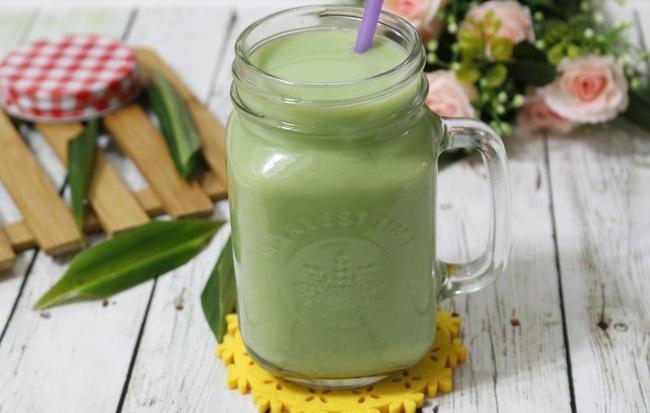 sua-dau-xanh sữa đậu xanh Công dụng của sữa đậu xanh không phải ai cũng biết Su    a   a    u xanh la   du    a co    t du    a