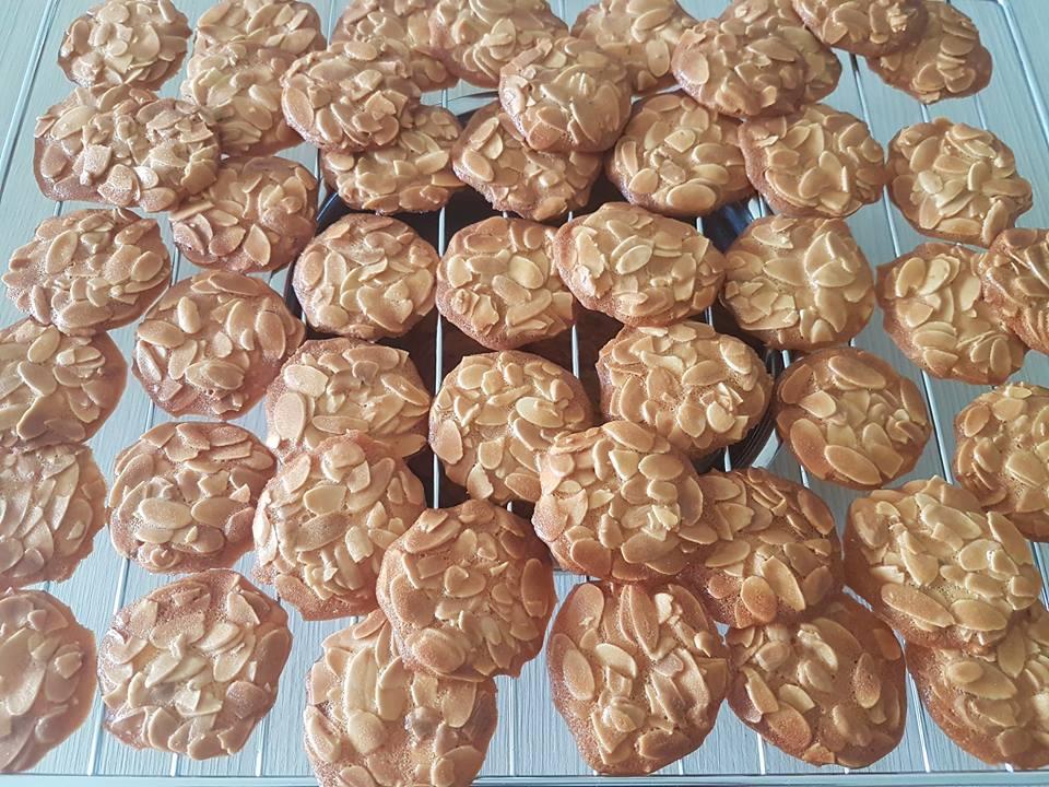 banh-ngoi-hanh-nhan bánh ngói hạnh nhân Bánh ngói hạnh nhân Almond Tuiles ngon hết nấc cach lam banh ngoi hanh nhan 14