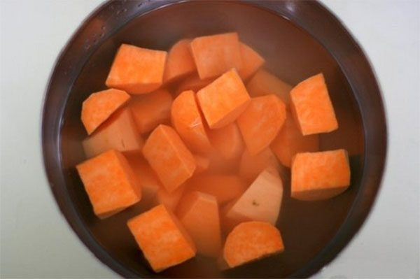 che-thap-cam chè thập cẩm Bật mí cách nấu chè thập cẩm ăn quanh năm không chán cach nau che thap cam de ban 3