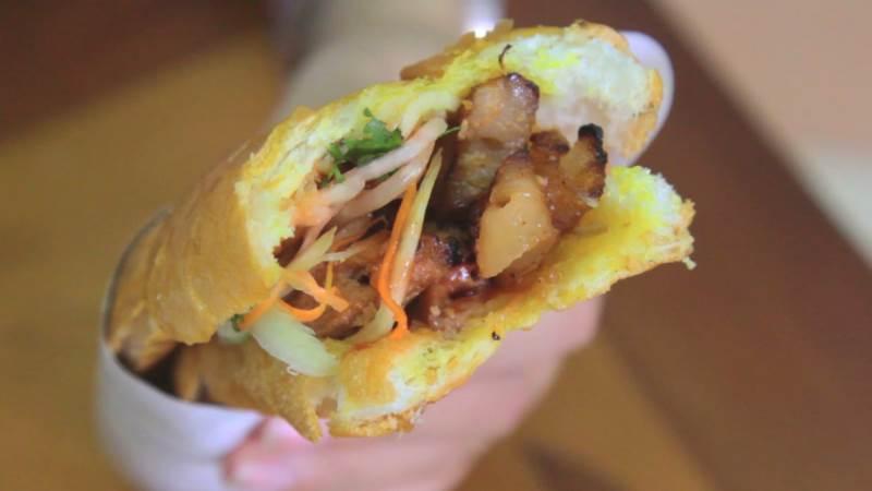 banh-my-nuong-mat-ong bánh mỳ nướng mật ong Cách làm bánh mỳ nướng mật ong siêu ngon buổi sáng foody banhmimatong 636114287521198532