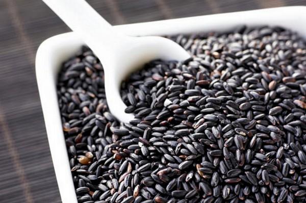 nau-che-khoai-mon nấu chè khoai môn Cách nấu chè khoai môn ngon xịn sò như ngoài hàng k5 600x398