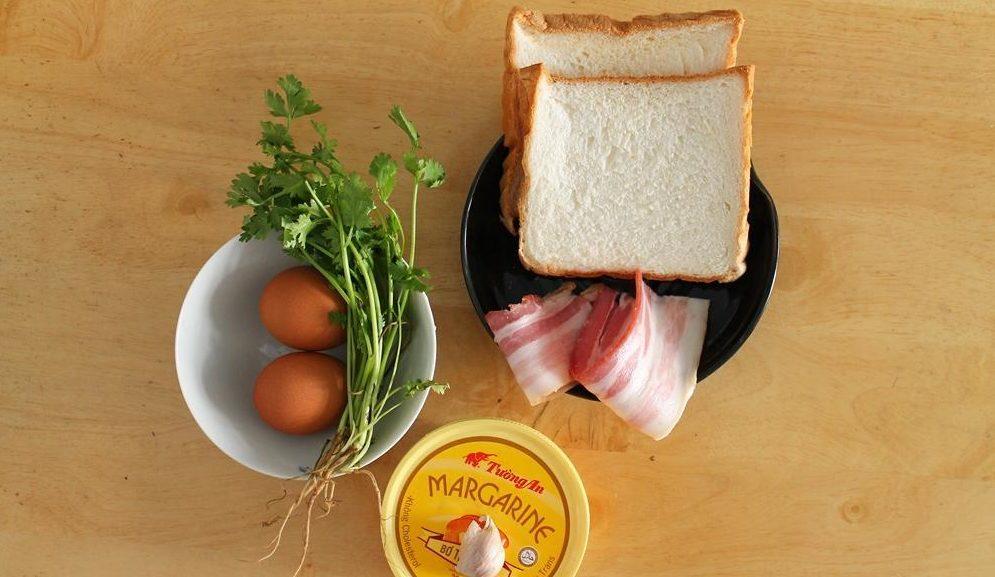 banh-my-nuong-mat-ong bánh mỳ nướng mật ong Cách làm bánh mỳ nướng mật ong siêu ngon buổi sáng nguyen lieu lam banh mi nuong mat ong e1567254760177