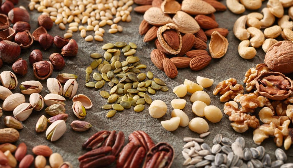 những loại hạt dinh dưỡng trong chế độ ăn uống an toàn những kiểu ăn uống không an toàn Những kiểu ăn uống không an toàn nên tránh nhung loai hat dinh duong nhat 1024x587