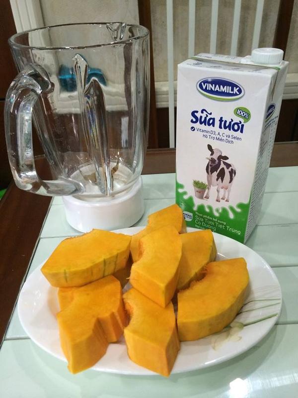 sua-bi-do sữa bí đỏ Bí quyết làm sữa bí đỏ luôn tươi ngon sot ran ran voi cong thuc tang can tu sua bi do 1